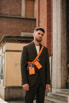 Men street styles 319051954854598135 - The best street style at Milan Fashion Week autumn/winter – Vogue Australia Source by Best Street Style, Milan Fashion Week Street Style, Mens Fashion Week, Milan Fashion Weeks, Cool Street Fashion, Fall Fashion Trends, Men's Fashion, Winter Fashion, Fashion Outfits
