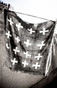 = crosses = Bogolan fabrics