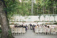 Schloss-Wartholz-Hochzeit-MK_0097 Villa, Wedding Locations, Dolores Park, Wedding Inspiration, Table Decorations, Travel, Home Decor, Abandoned Mansions, Waiting