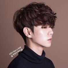 Image may contain: 1 person, closeup Korean Haircut Men, Korean Men Hairstyle, Asian Haircut, Korean Hairstyles, Fade Haircut, Perm Hair Men, Wavy Hair Men, Men's Hair, Undercut Hairstyles