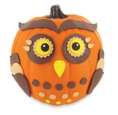 Craft Smart® Owl Pumpkin Sue this one is for you. Halloween Banner, Halloween Snacks, Holidays Halloween, Halloween Pumpkins, Halloween Crafts, Holiday Crafts, Holiday Fun, Halloween Decorations, Holiday Ideas