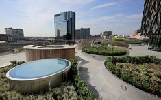 An exterior view of the new Library of Birmingham and it's outdoor roof terrace garden at Centenary Square Sky Garden, Terrace Garden, Birmingham Library, Outdoor Learning Spaces, Ancient Near East, Birmingham England, New York Public Library, Outdoor Furniture Sets, Europe
