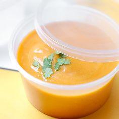 Soupe douceur aux lentilles corail, tomates et coriandre - Marie Claire