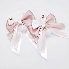Ribbon Hair Clips, Ribbon Bows, Hair Bows, Kawaii Jewelry, Kawaii Accessories, Pastel Fashion, Kawaii Fashion, Kawaii Wigs, Lolita Hair
