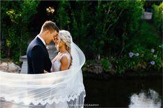 Bride and groom with veil. Wedding photos with veil. Brenaissance wedding. Wedding photos ideas. Wedding Photographer Cape Town.@alanavanheerden