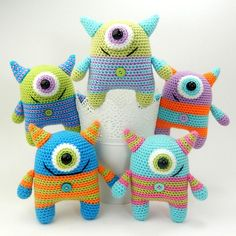 Cyrus the Cyclops - Amigurumi Crochet Pattern (Available in English Language only) Cyrus and his buddies can often be heard playing their favorite game - I Spy With My Little Eye. Although there is actually nothing very little about their eyes in proportion to their bodies, they like