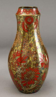 52: Zsolnay Pecs Eosin glaze vase
