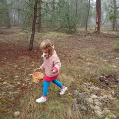 """""""Forest treasures for her collection, she found a nest today = BIG day ❤️ #babaaknitwear #cardiganNo3 #allnatural #livinginbabaa"""
