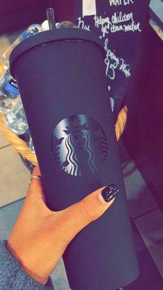 Matte Black with Glossy Logo Starbucks Drinks, Starbucks Coffee, Starbucks Water Bottle, Starbucks Gift Ideas, Starbucks Tumbler, Starbucks Products, Starbucks Drinkware, Cute Water Bottles, Starbucks Clothes