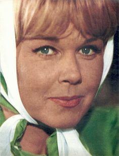 """Heck yeah Doris Day. """"A classy,beautiful actress"""""""