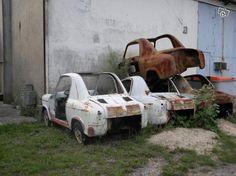 Vespa 400, Fiat 500, Abandoned, Automobile, Cars, Golf Carts, Transportation, Motorcycle, Carport Garage
