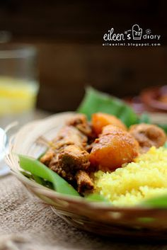 Nasi Kunyit with Curry Chicken