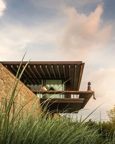 "3,495 curtidas, 15 comentários - Jacobsen Arquitetura (@jacobsenarquitetura) no Instagram: ""Tá lá: #residênciaOS no site, link na bio! // It's there: #OSHouse in our website, link in bio!…"""