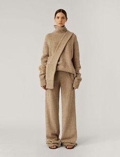 Tweed, Mode Inspiration, Design Inspiration, Joseph Fashion, Little Presents, Knitwear Fashion, Knit Fashion, Men Fashion, Legging