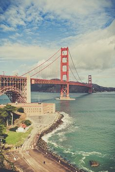 Golden Gate Bridge, San Francisco. Road trip! What do you think?! @Jennifer Dodds Haywood @daily planet Haywood