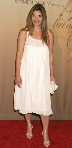 Picture of Laura San Giacomo Laura San Giacomo, Girls Dresses, Flower Girl Dresses, Pretty Woman, Actresses, Wedding Dresses, Pictures, Design, Women