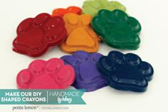 Handmade by Hillary: Make Your Own DIY Shaped Crayons