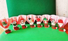 Porte serviettes en fimo sur le thème de Noël. Même si cette année est différente ont ce motive quand même. Theme Noel, Advent Calendar, Creations, Holiday Decor, Home Decor, Decoration Home, Room Decor, Interior Decorating