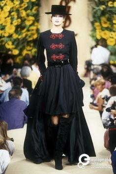 Yves Saint Laurent, Autumn-Winter 1994, Couture