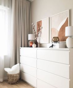 Home Decor Styles Small Room Bedroom, Room Ideas Bedroom, Home Decor Bedroom, Home Living Room, Hygge Home Interiors, Aesthetic Room Decor, My New Room, Home Decor Inspiration, Decor Ideas