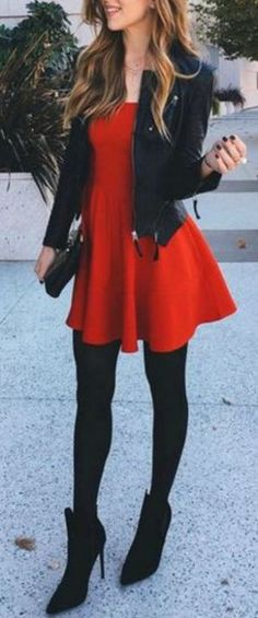 This red mini dress is so cute for the holidays! Plus other holiday outfit ideas