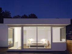 Minimalistic bedroom @Charlie Thompson Terrace, San Francisco