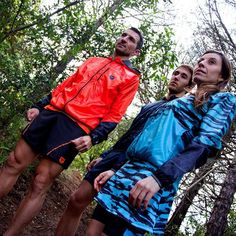 Un conjunto para cada gusto. #FreeYourSpirit y redescubre el placer del #trailrunning con nuestros nuevos tejidos 🏃🏃// #FreeYourSpirit and rediscover the pleasure of trailrunning with new fabrics #taymoryrun #taymory #run #runner #sport #fashion #newcollection #trailrunning #trailrunner #trail #wearyourdreams #chaseyourdreams #taymorylife #taymory