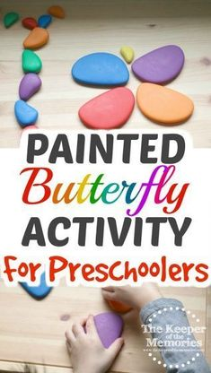 Here's a fun Painted Wings Butterfly Activity that teaches preschoolers about symmetry! Of course it's a great sensory experience too and would be perfect for your next insect or butterfly theme! Sensory Activities Toddlers, Kids Learning Activities, Spring Activities, Preschool Activities, Toddler Preschool, Toddler Crafts, Sensory Experience, Craft Projects For Kids, Class Projects