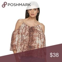 Jennifer Lopez Cold Shoulder Angel Sleeve Top Women's Jennifer Lopez Cold Shoulder Angel Sleeve Top  Color:Snake Print  Size:XX LARGE  Fabulous style is yours in this women's Jennifer Lopez cold shoulder top.   PRODUCT FEATURES  Cold shoulder details for a modern look  Layered design  Scoopneck  3/4-length sleeves  FABRIC & CARE  Polyester  Machine wash  This item is brand new with tags and it's never been removed from the plastic it came in. Jennifer Lopez Tops Blouses