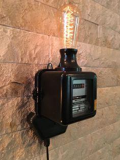 https://www.ebay.de/itm/Vintage-Stromzahler-Lampe-Baujahr-1955-E27-Loft-Design-Edison-E27-Leuchte/162708961349?hash=item25e235b845:g:Jp0AAOSwjL5ZDwtv