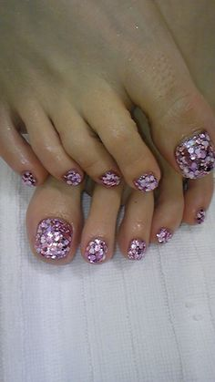 Pedicure, Toe Nail Art: Lavender Sparkle