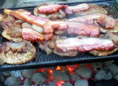 Steak, Bbq, Pork, Food And Drink, Cooking Recipes, Chicken, Crickets, Apartment Living Rooms, Barbecue
