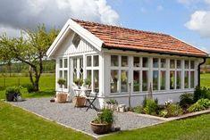 Ideal greenhouse, garden house, getaway in the yard Garden Buildings, Garden Structures, Outdoor Structures, Greenhouse Shed, Greenhouse Gardening, Outdoor Rooms, Outdoor Gardens, Outdoor Living, Gazebo
