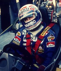 Alain Prost, Racing Helmets, F1 Racing, Sport Cars, Race Cars, Car Brochure, Racing Events, Helmet Design, F1 Drivers
