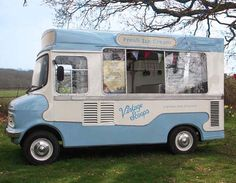 The ice cream van is a proven business that has been operated for generations of vendors. Ice Cream Car, Coffee Ice Cream, Trucks For Sale, Cars For Sale, Vintage Trucks, Retro Vintage, Vegan Food Truck, Ice Cream Business, Vintage Ice Cream