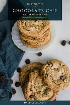 Try this delicious homemade chewy and moist chocolate chip cookie recipe. A combination of bread and cake flour makes a chewier cookie that your family will enjoy! Moist Chocolate Chip Cookies, Best Chocolate Chip Cookie Recipe Ever, Fun Easy Recipes, Easy Desserts, Delicious Desserts, Cookie Recipes, Dessert Recipes, Just Bake, Yummy Cookies