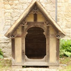 A very old dog house!!