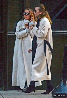 Сестры Олсен вместе
