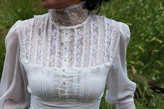 white lace Gunne Sax