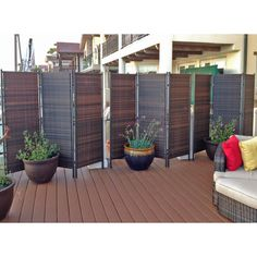 Interested in small patio privacy ideas? A garden patio makes for a stunning and also receptive living area all the way through the summer months – or even into… Balcony Privacy Screen, Outdoor Screens, Privacy Screen Outdoor, Backyard Privacy, Balcony Curtains, Privacy Curtains, Garden Privacy, Privacy Landscaping, Garden Dividers
