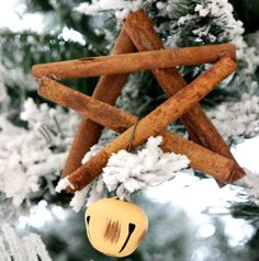 How to make a Cinnamon Stick Star Ornament : Christmas DIY that smells amazing with a little jingle, Easy Star Tutorial for Christmas, make your tree look, smell, and sound beautiful Christmas Decorations For Kids, Christmas Crafts For Kids To Make, Christmas Ornaments To Make, Homemade Christmas, Diy Ornaments, Cowboy Christmas, Noel Christmas, Primitive Christmas, Rustic Christmas