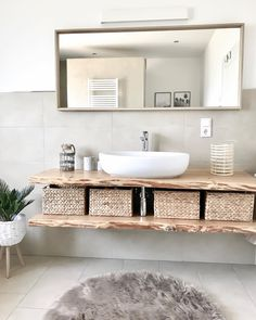 Family Bathroom, Small Bathroom, Sweet Home, Downstairs Toilet, Kids Room Design, Diy Home Crafts, Bathroom Shelves, Bathroom Interior Design, Amazing Bathrooms