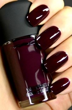 Dark nails also is the most part of you.We prepared 50 Most Sexy Dark Nails Design You Should Try in Fall and Winter Fall Nail Colors, Nail Polish Colors, Dark Nail Polish, Winter Nails Colors 2019, Popular Nail Colors, Pretty Nail Colors, Red Nail Polish, Stylish Nails, Trendy Nails