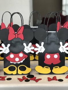 Mickey and Minnie Mouse Birthday Party Set of 10 Favors/ Mickey E Minnie Mouse, Fiesta Mickey Mouse, Mickey Mouse Baby Shower, Mickey Mouse Clubhouse Birthday, Mickey Party, Mickey Mouse Birthday, Party Favor Bags, Birthday Party Favors, Birthday Decorations