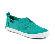 <p>Paul Sperry Sayel Clew Oxford Washed Teal sneaker, <em>P3,095, <strong>Sperry</strong></em></p>
