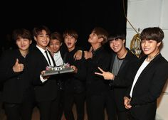 One cannot simply stop loving BTS! (。◕‿   ◕。)