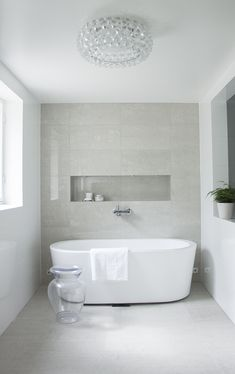 Modern spa and bathroom, Kelly Hoppen style, foscarini Caboche, kotikylpylä, Coffee Table Diary blog