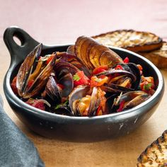 Chilli Mussels in Tomato Broth