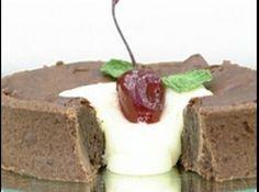 Receita de Torta de Chocolate - torta quadrada, dobre a receita inteira e use uma fôrma quadrada Ganache branco de chocolate Numa tigela misture 100 ml de creme de leite...