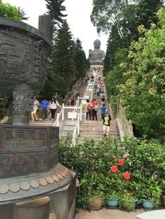 The stairs going to the Giant Buddha.